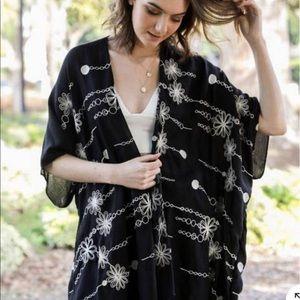 Daisy Stitch Kimono w/ Armholes